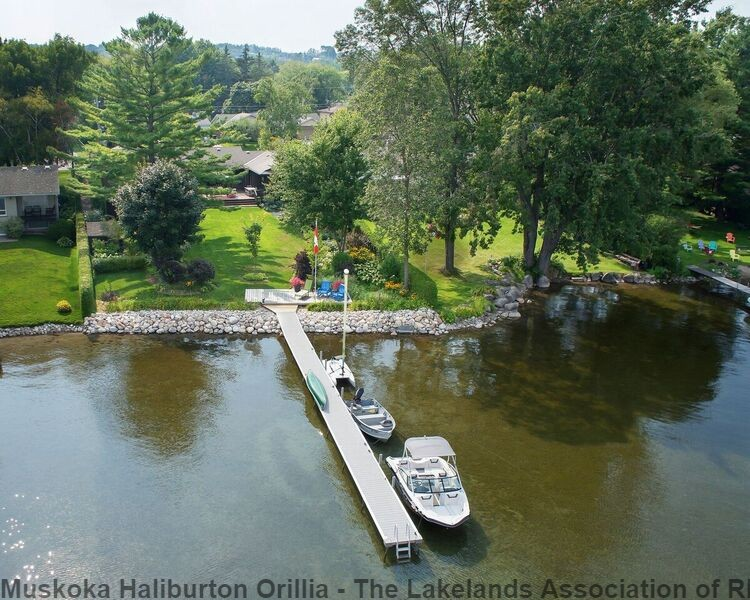 62 MAPLE DR, Orillia, Ontario